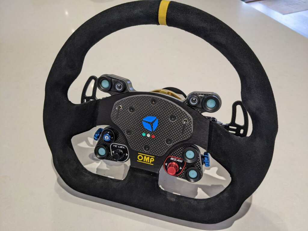 OMP Pro GT wheel from Cube Controls front view