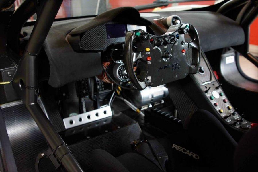 Mclaren 12C GT3 Cockpit