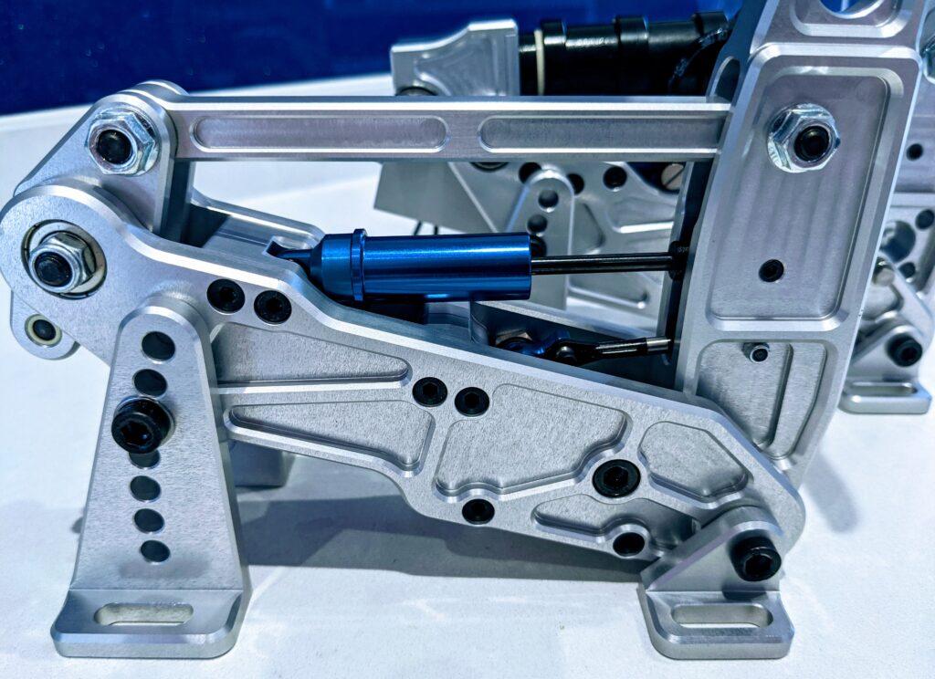 Side view: SimTrecs clutch